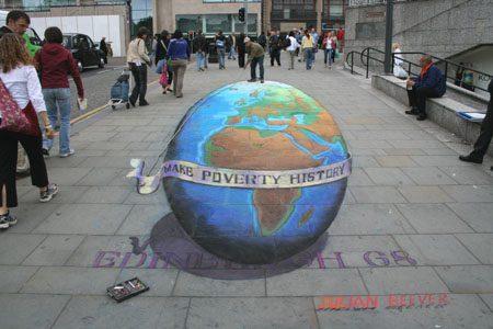 Amazing 3D Sidewalk Art