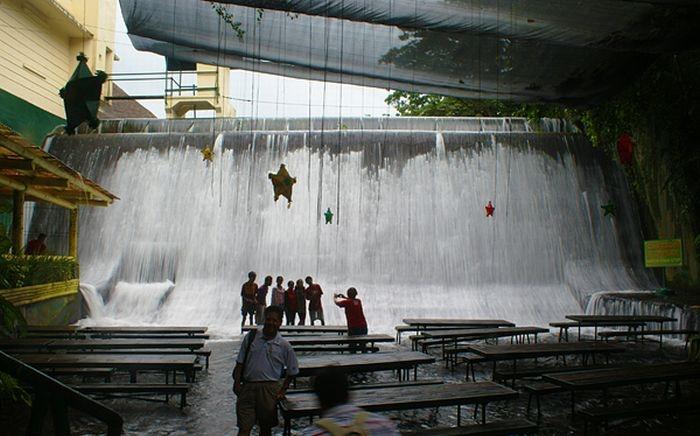 The Waterfalls Restaurant
